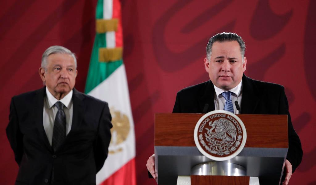 Asegura AMLO que Santiago Nieto 'no hace nada sin consultarlo' con él