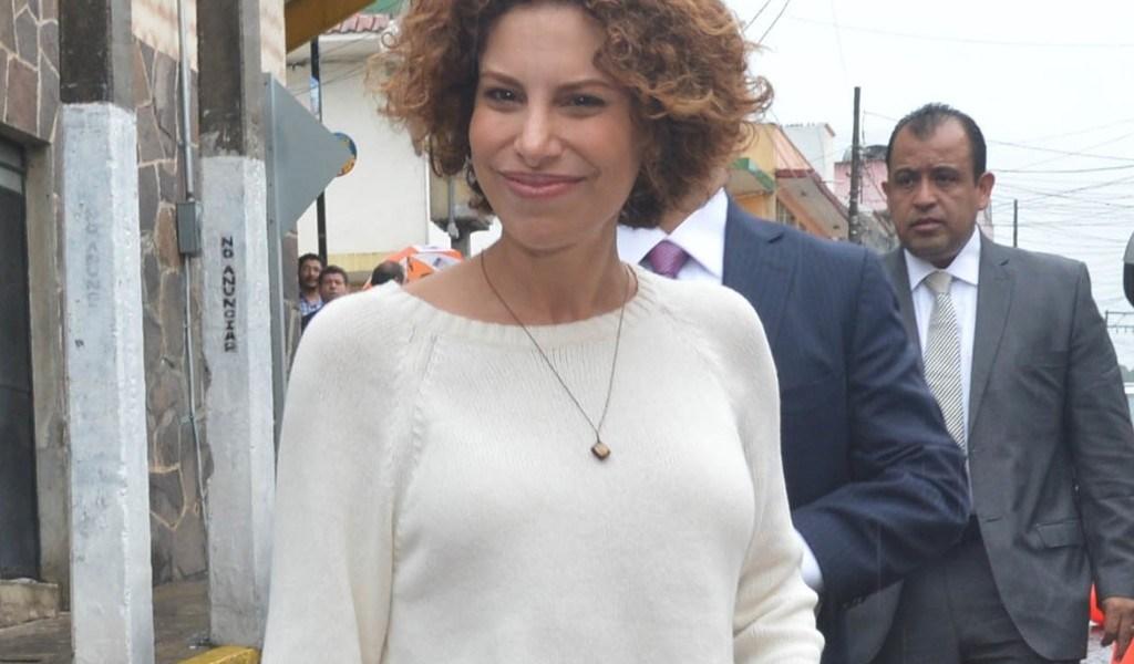 Fijan audiencia para Karime Macías; usará brazalete