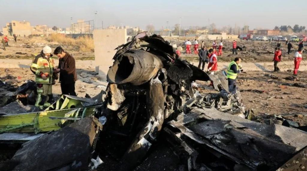 Irán reconoce haber derribado avión de pasajeros ucraniano