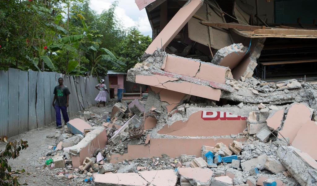 Recuerda Haití a víctimas del sismo de 2010 sumido en una crisis política