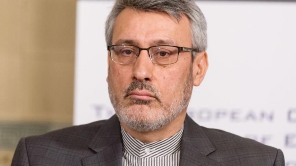 Gobierno llama a consultas al embajador de Irán en Reino Unido