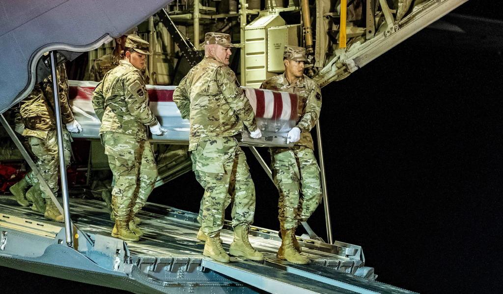 Expulsa EUA a estudiantes militares saudíes