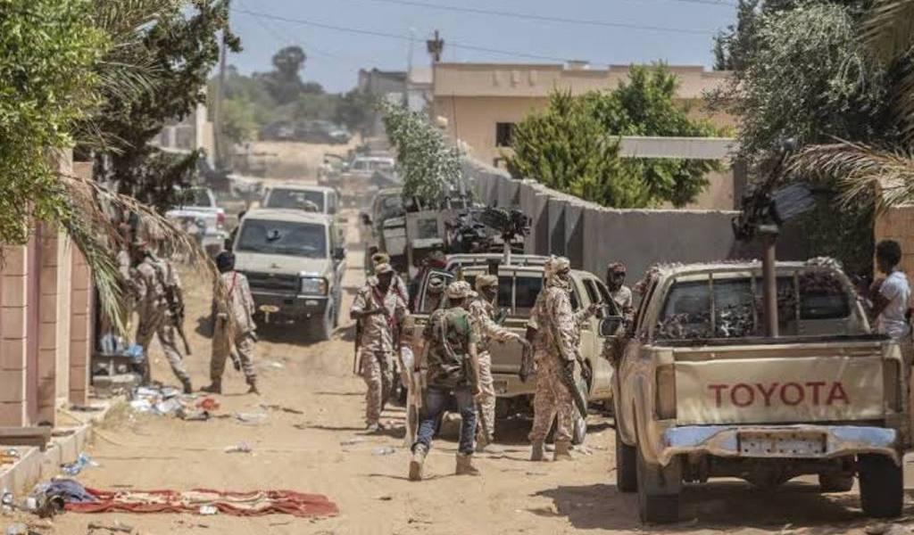 Rebeldes libios se resisten a cese al fuego