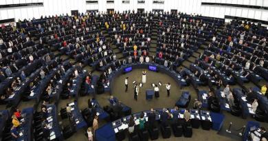 Eurocámara, partidaria de salvar el acuerdo iraní