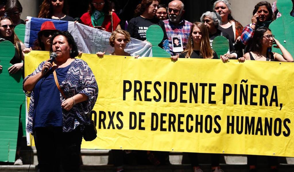 Víctimas de Pinochet se unen a manifestantes chilenos