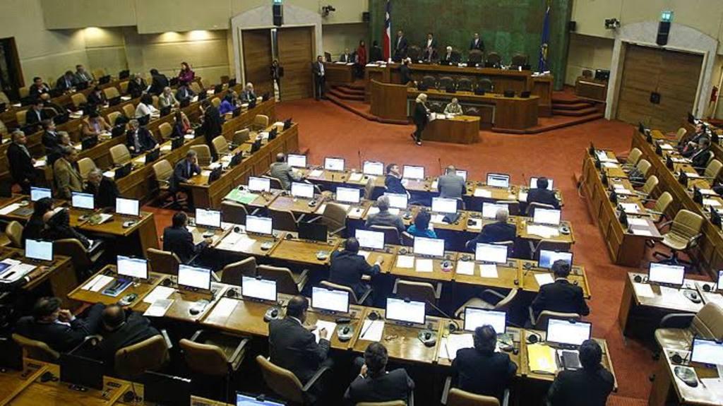 Congreso chileno, lejos de la paridad