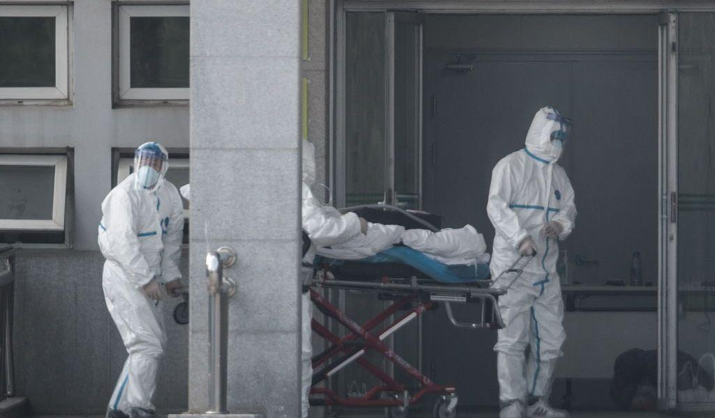 Suman tres muertos en China por SARS