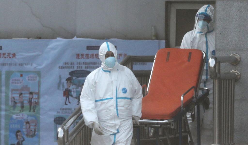 Aumenta a 17 número de víctimas mortales por coronavirus en China