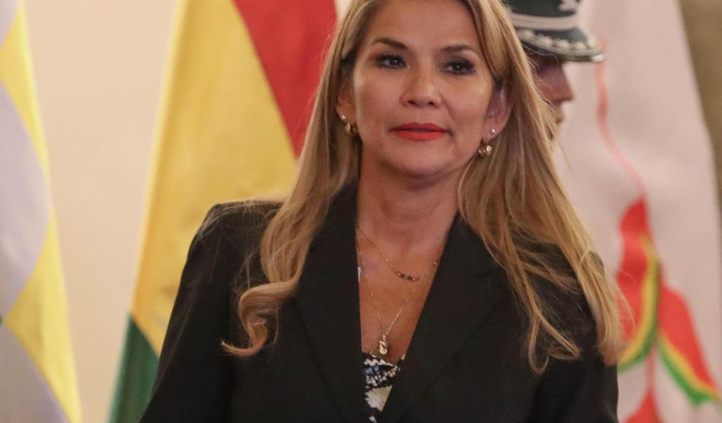 Asegura Áñez que Bolivia se libró de 'un destino como el de Venezuela'