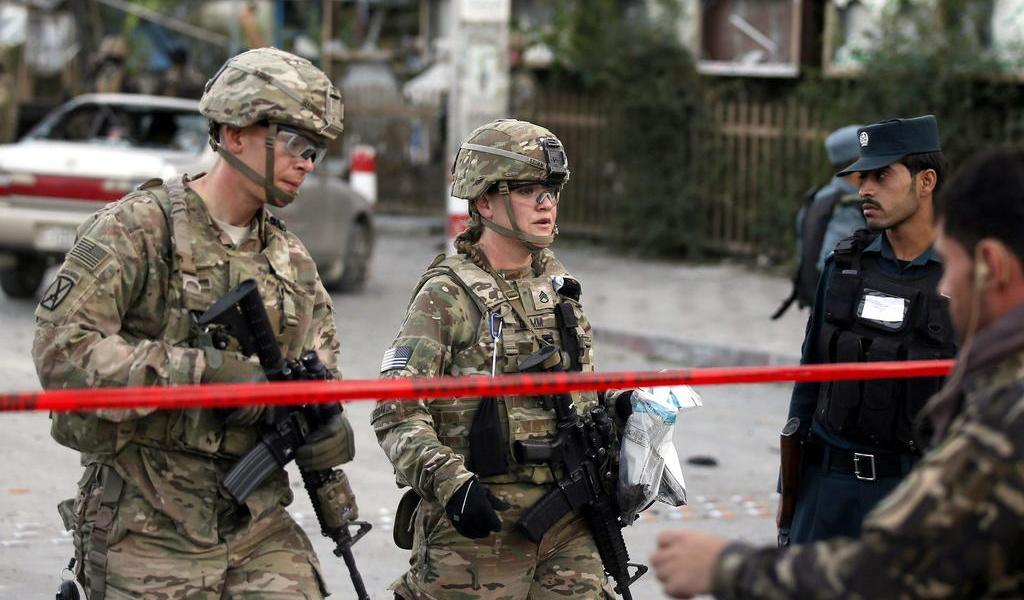 Casi la mitad de los afganos quieren que las tropas de EUA se vayan
