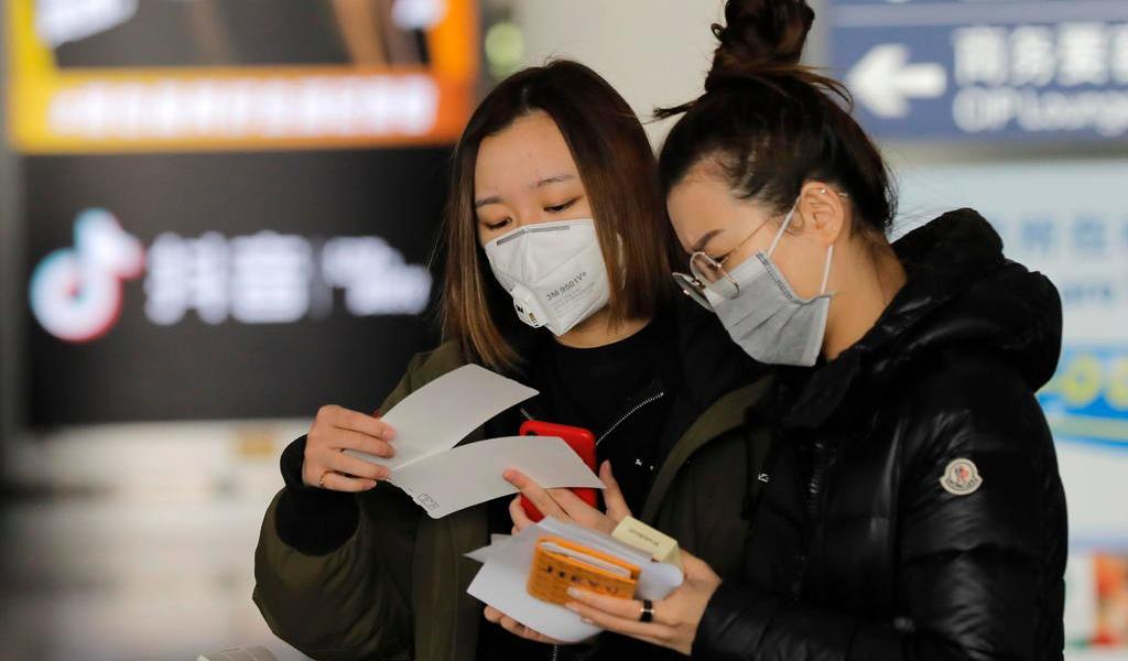 Aumenta a 80 cifra de muertos por coronavirus en China; suman 2,744 casos de contagio