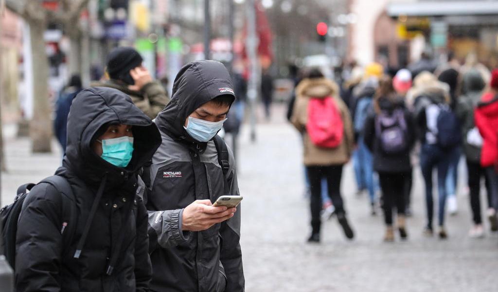 Suman 170 muertos y 7,700 casos confirmados de coronavirus en China
