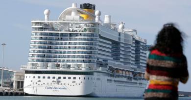Italia bloquea crucero procedente de España por posible caso de coronavirus