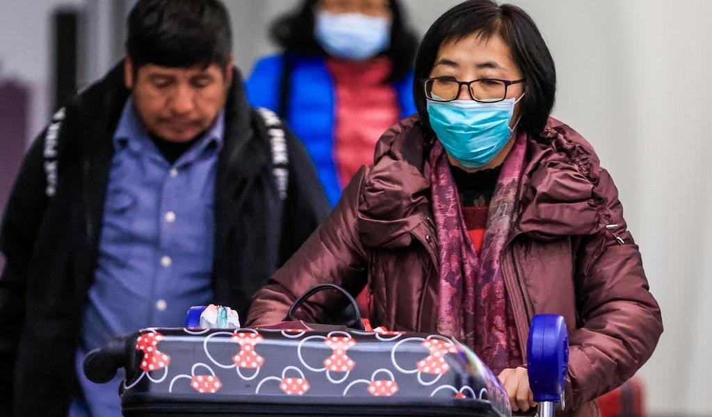 Confirman primer caso de contagio de coronavirus de persona a persona en EUA