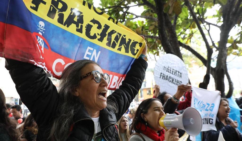 Suspenden 'fracking' en Colombia