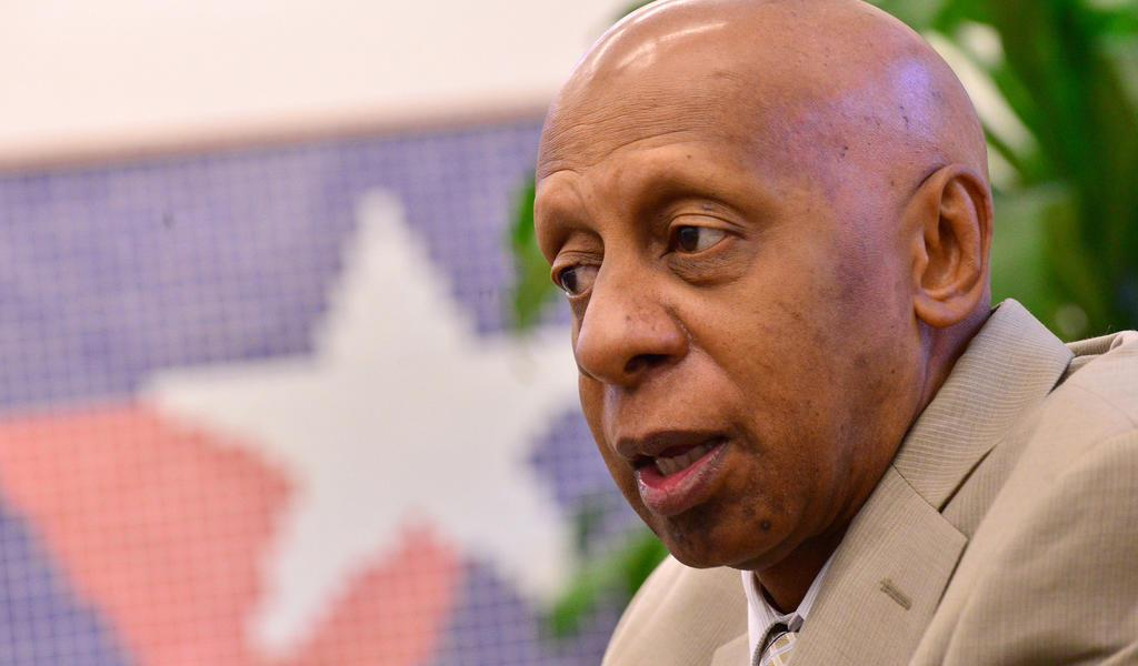 Liberan con restricciones al disidente cubano Guillermo Fariñas