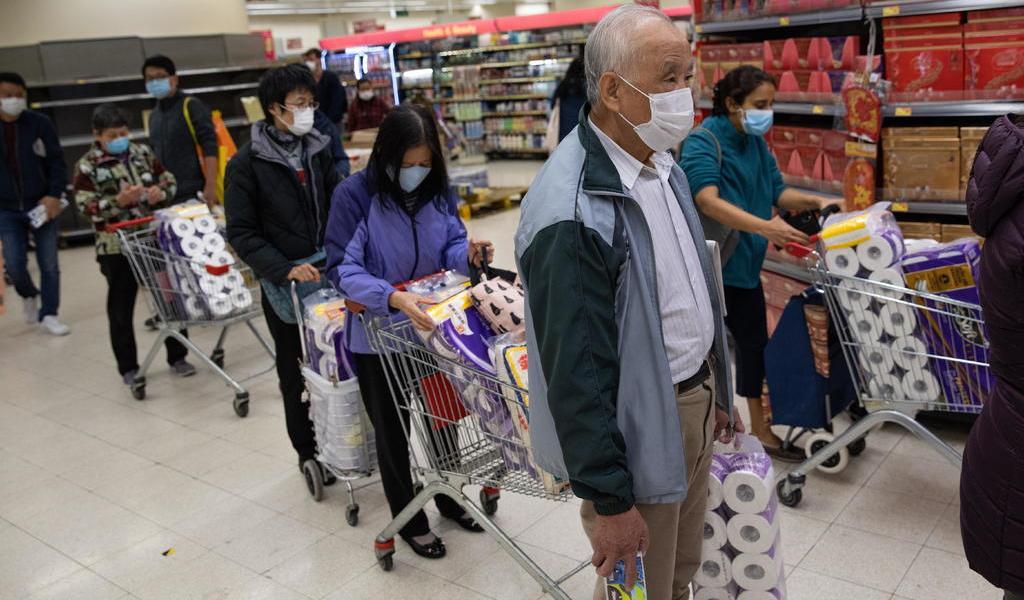 Virus de China desata compras de pánico en Hong Kong
