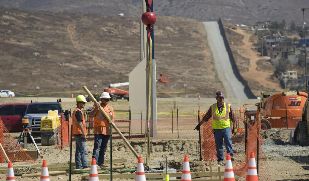 Suspende EUA leyes federales para acelerar la construcción del muro fronterizo
