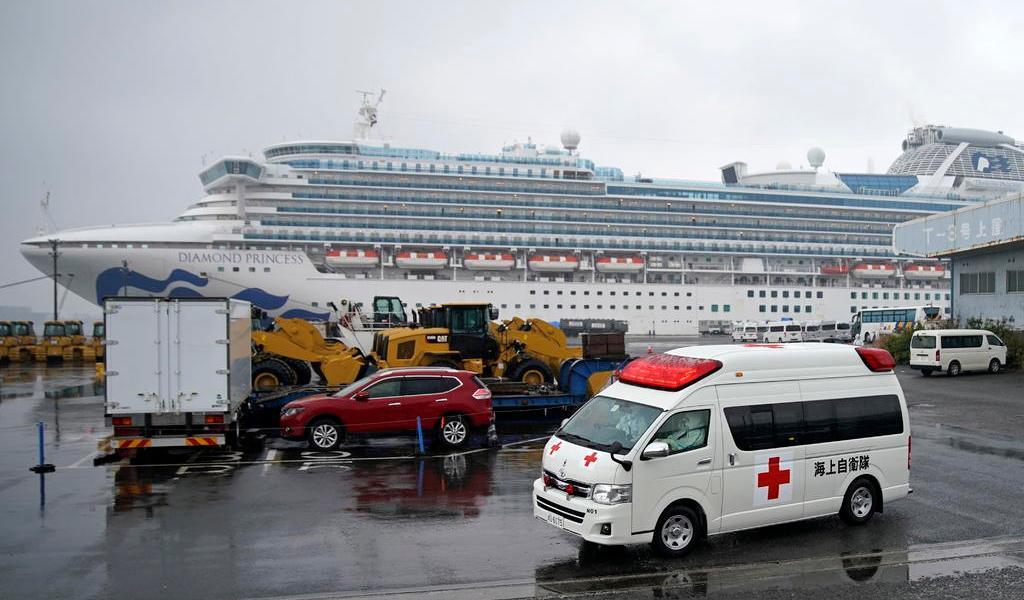 Mueren dos personas más por coronavirus; eran pasajeros en crucero en Japón
