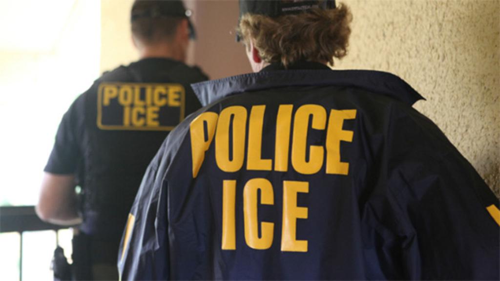 Mexicano baleado por ICE presenta demanda