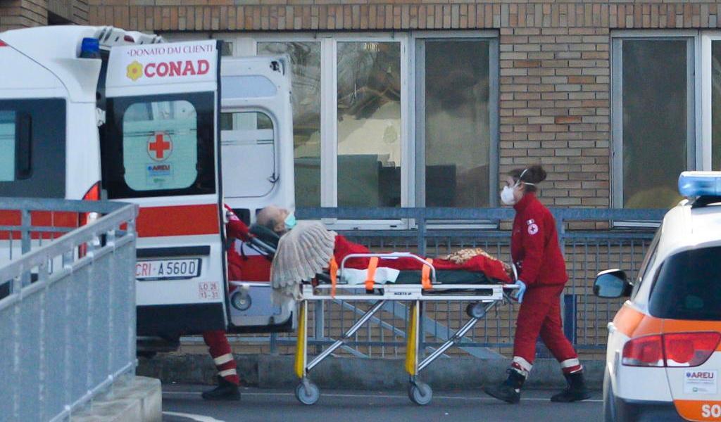 Se cuadruplican casos del nuevo coronavirus en Italia