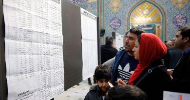 Conservadores iraníes recuperan Parlamento
