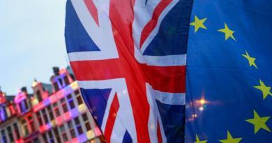 Finaliza Unión Europea acuerdo de divorcio con Reino Unido