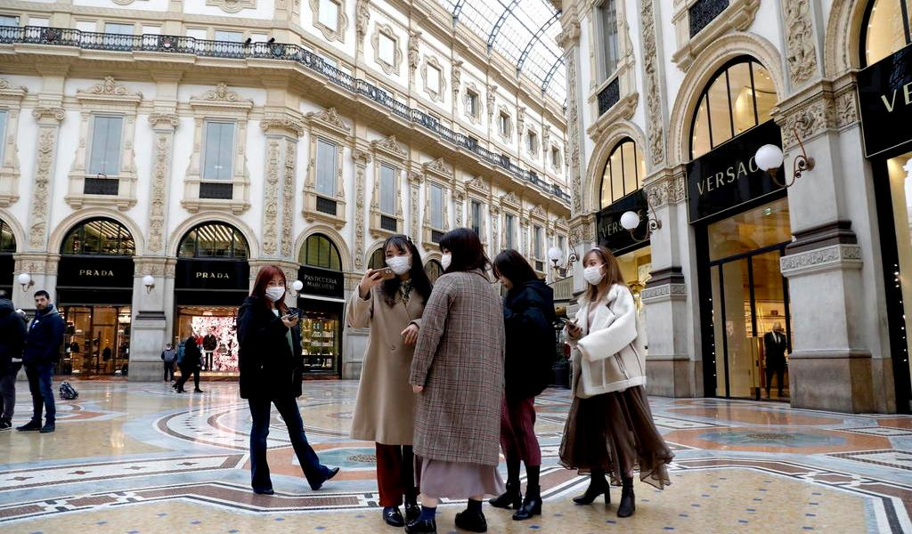 Registra Italia 17 fallecidos por coronavirus y 650 contagiados