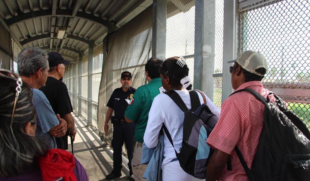 Corte de EUA bloquea la política de enviar a México a demandantes de asilo