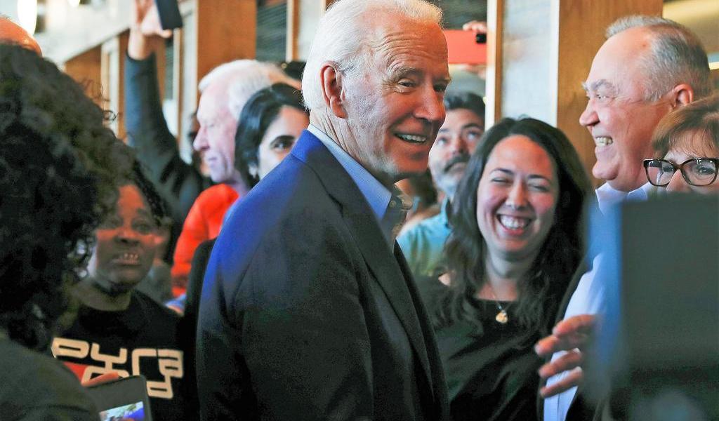 Biden gana cinco estados y Sanders dos: proyecciones demócratas