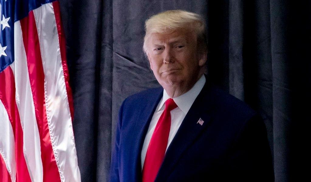 Trump festeja implosión de Michael Bloomberg