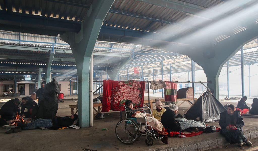 Reclaman trato digno a migrantes