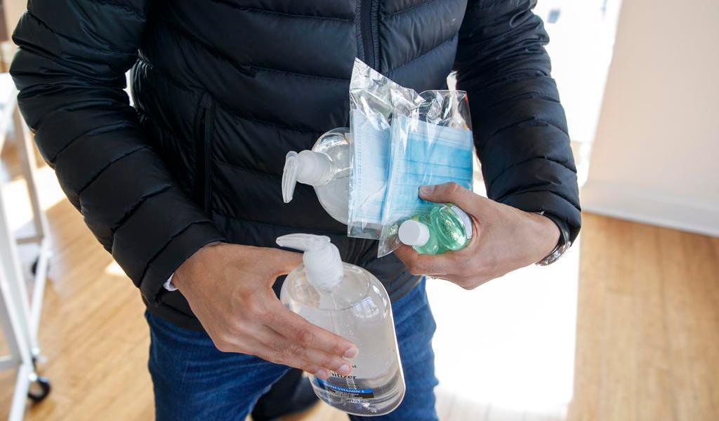 Por coronavirus, surgen acaparadores de suministros en EUA