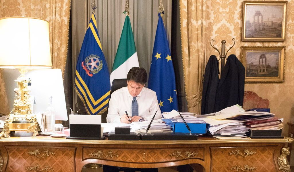 Ordenan aislamiento total en Italia