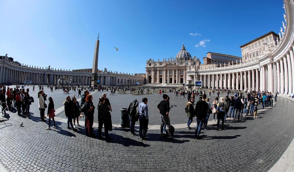 Cierran  la basílica del Vaticano y la plaza de San Pedro por COVID-19