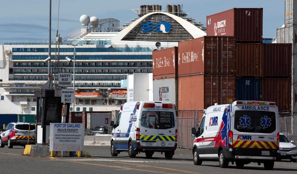 Repatria Canadá a 228 pasajeros que viajaban en el crucero Grand Princess