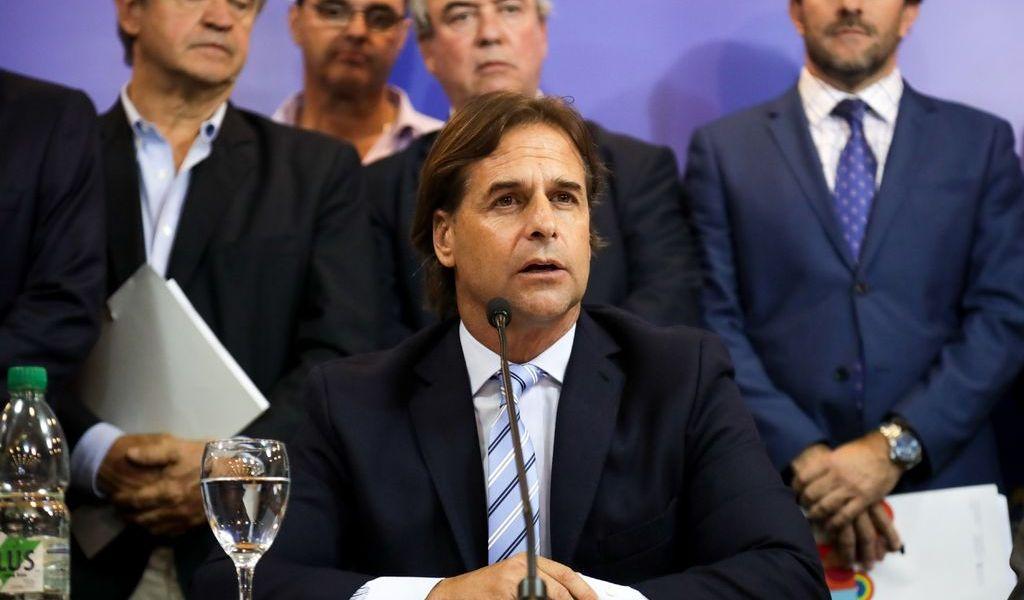 Uruguay se retira de Telesur y Banco del Sur