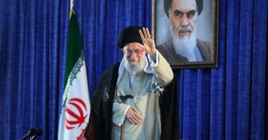 Irán indultará a 10 mil presos