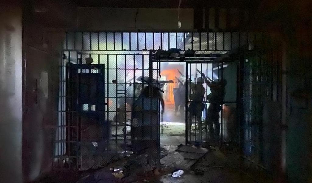 Cinco presos fallecen en motines en dos cárceles de Argentina