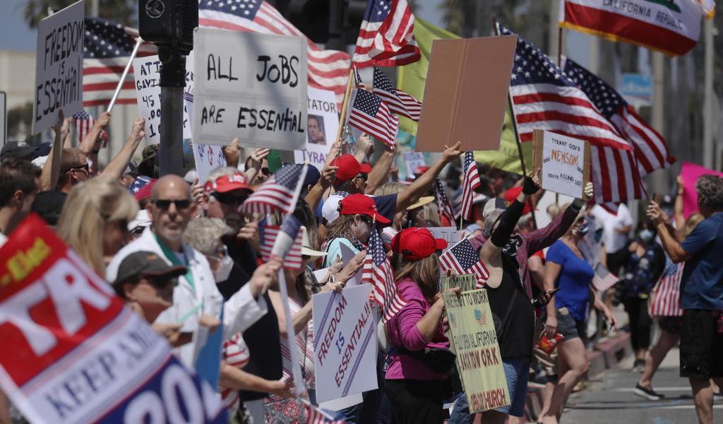 Inicia EUA una apertura desordenada sin Trump