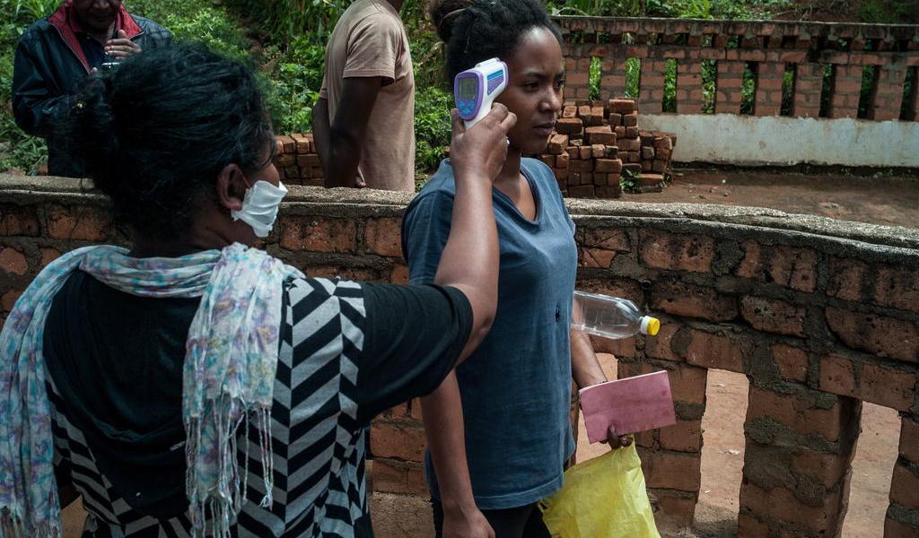 Pide OMS ensayo clínico de remedio natural de Madagascar contra COVID-19