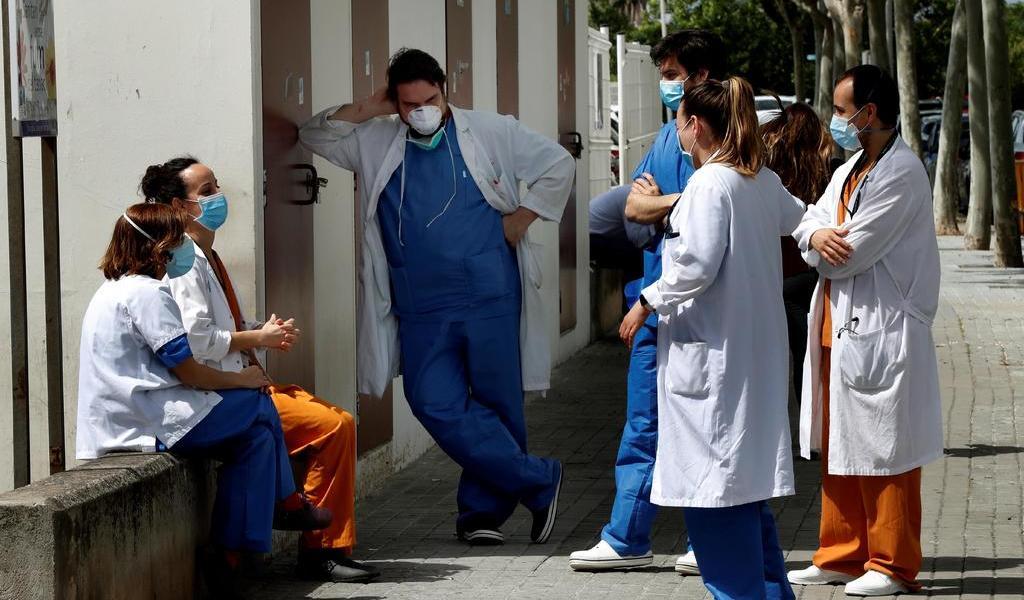 Contagios por COVID-19 caen en España a su nivel más bajo desde el 9 marzo