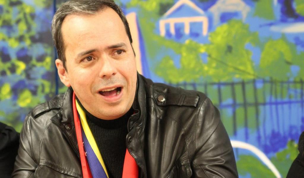Renuncia al equipo de Guaidó el asesor político que pagó para un ataque a Venezuela