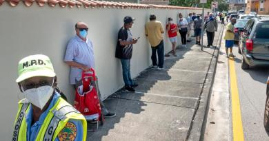 Registra Florida un pico de 60 muertes por COVID-19 en el último día