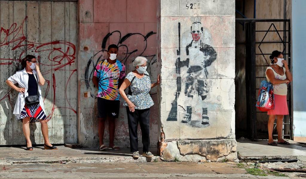 Bajan contagios diarios de COVID-19 en Cuba