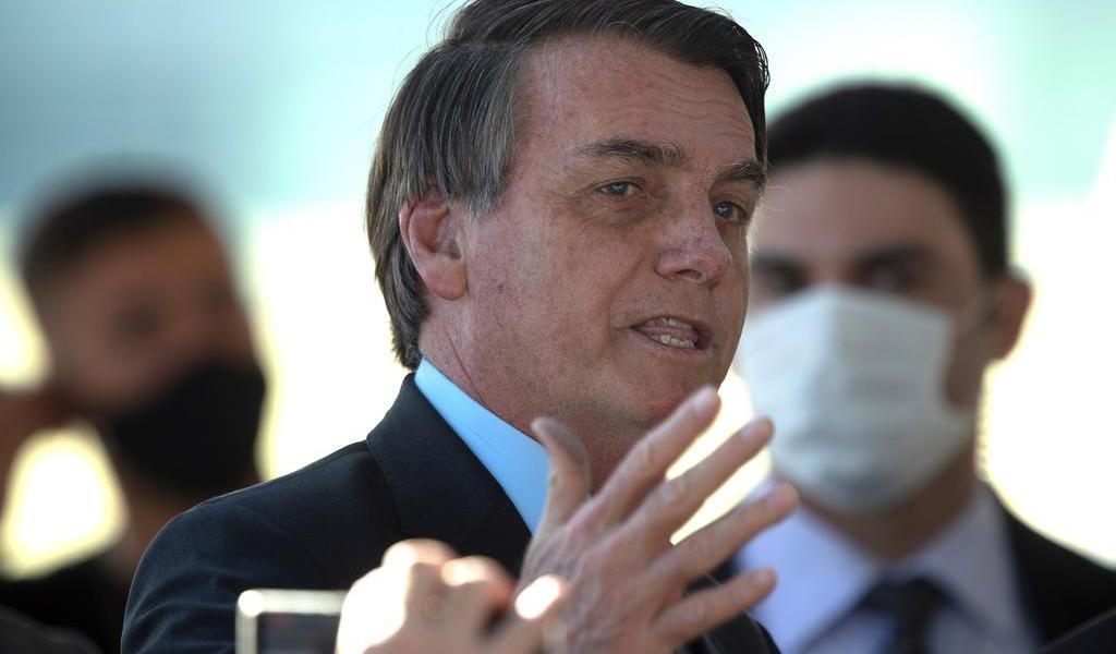Gobierno de Bolsonaro publicó millones de anuncios en portales de 'fake news'