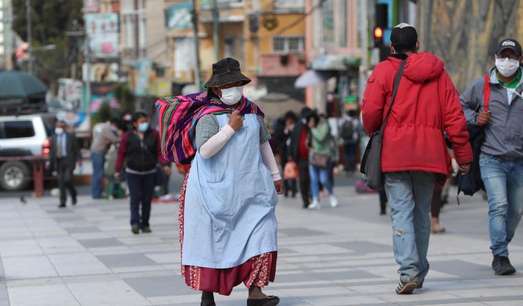 Ante alza de contagios, Bolivia podría regresar a la cuarentena