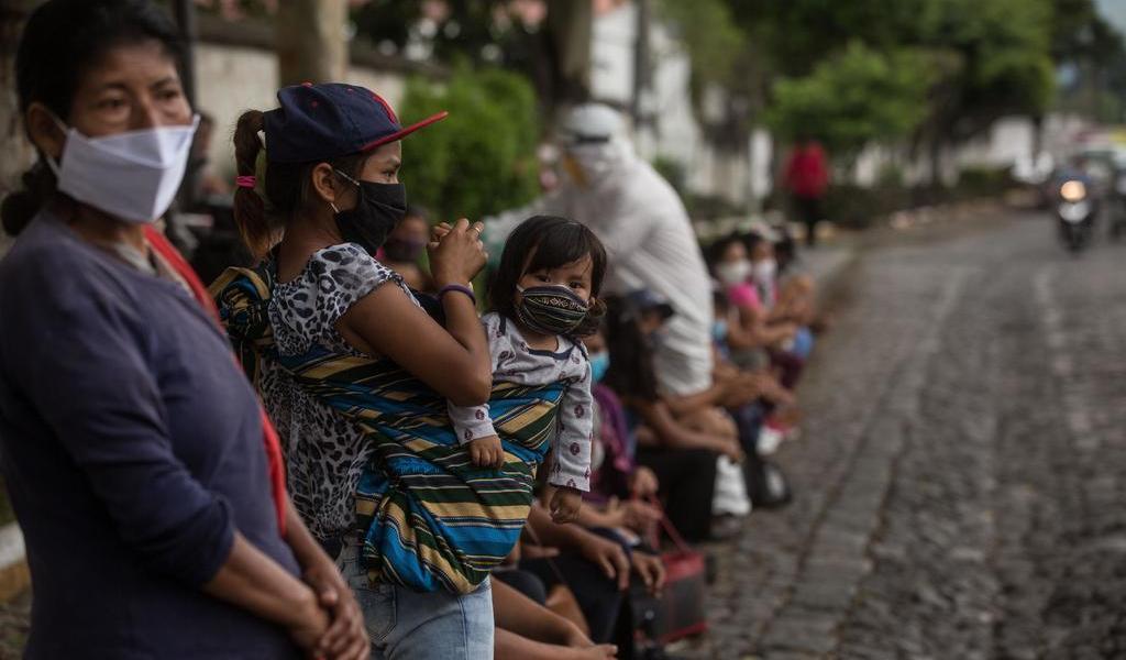 Se acelera pandemia en Centroamérica; la región inicia su reapertura económica