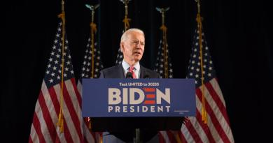 Afirma Biden que Trump pudiera tratar de 'robarse' la elección