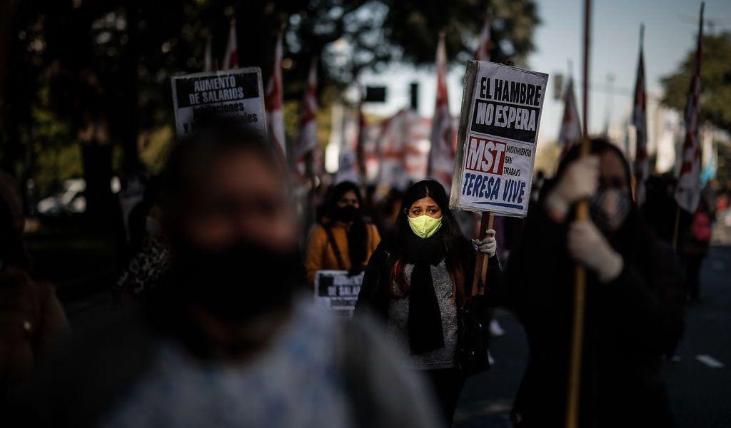 Protestan en Argentina por situación de los pobres